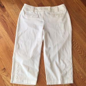 Pants - White Capri Pants with Button detail